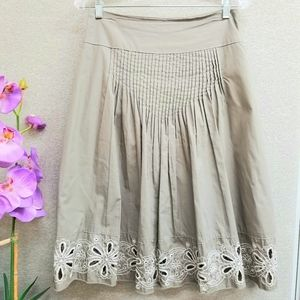 Metro Wear Neutral floral embroidered skirt